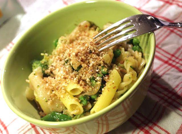 Pasta med brokkoli og erter