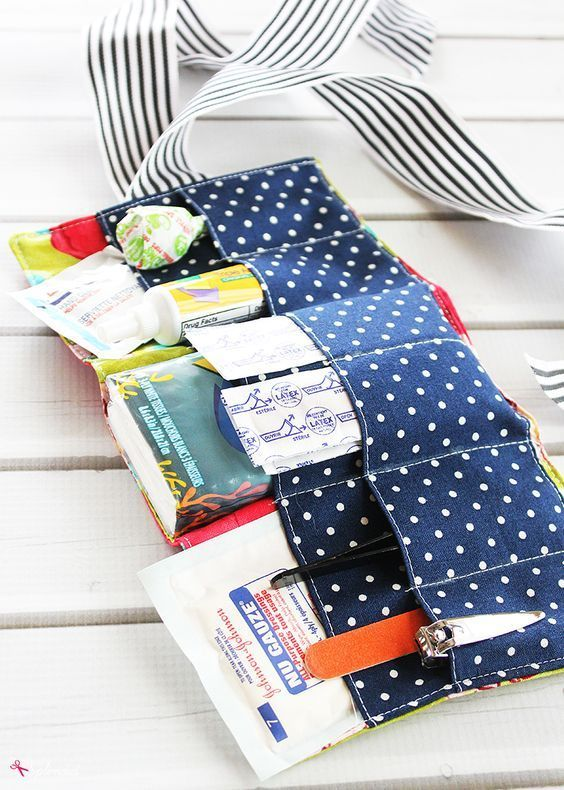 You'll love how easy it is to sew this DIY First Aid Kit! If you …   – DIY Gifts for Her
