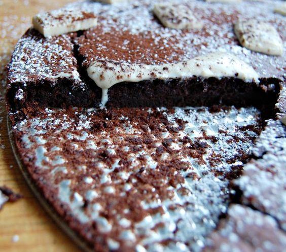 saftiger Schoko-Kokos-Kuchen zur Eiweißverwertung