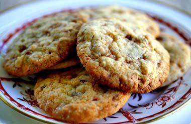 Irresistible Heath bar cookies recipe, made with chunks of Heath toffee bars.
