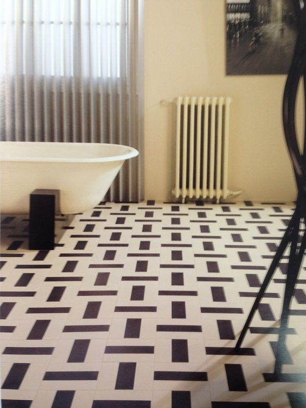 17 best images about vintage vloertegels on pinterest restaurant ceramica tile and principal - Deco badkamer vintage ...