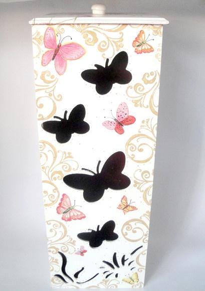 Porta papel higiênico em mdf, pintado com decoupage e envernizada, capacidade para 4 rolos, voce escolhe cor.  pode ser feito com: Forrada c/ tecido Pintura com decoupage Craquelê Textura Pátina  (Encomenda feita para Ana Maria do RJ) R$44,00