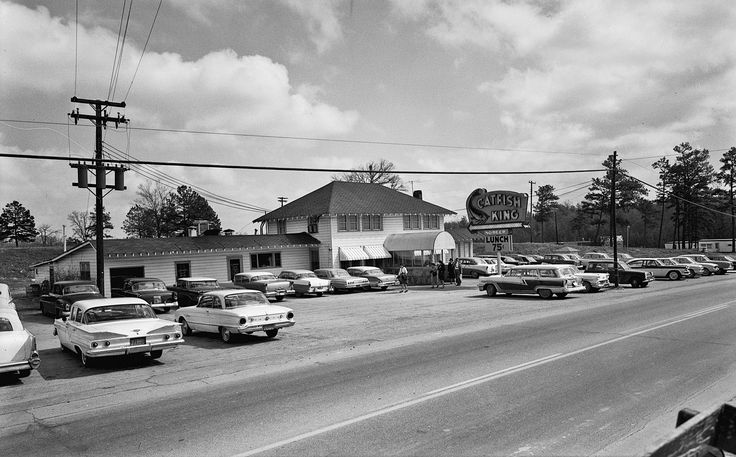 Catfish King Restaurant. By 1963, the Rio Vista had moved
