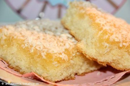 Recept - Silviakaka ~ Dubblera receptet för att få en högre kaka om den bakas i långpanna