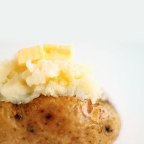 Πατάτες γεμιστές με τυρί και γιαούρτι