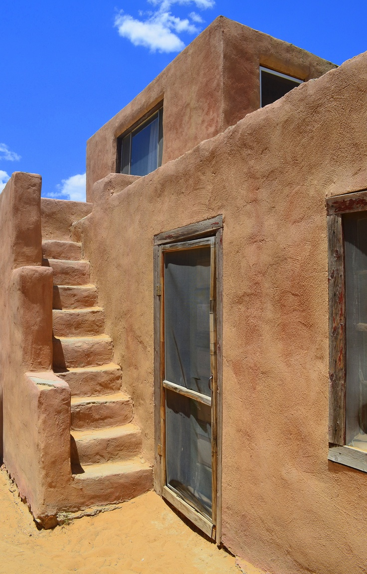 Pueblo stairs new mexico pueblos reservations for Adobe construction pueblo co