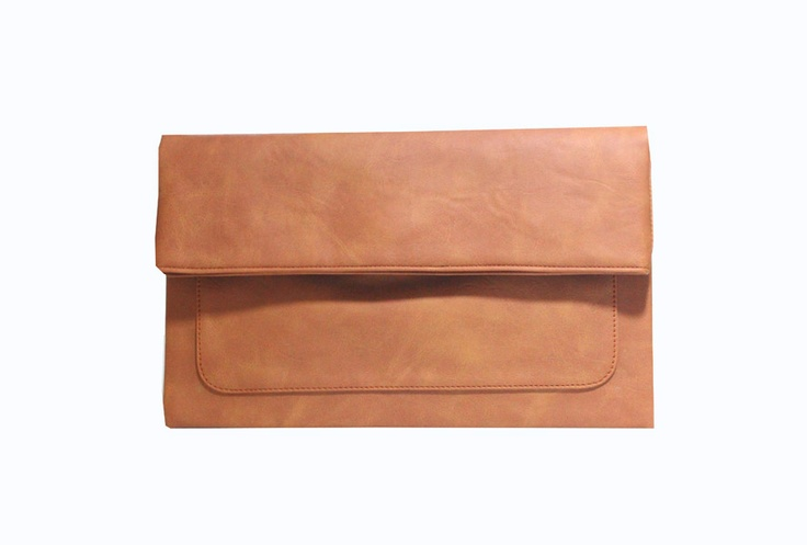 Freesia clutch bag #clutchbag #taspesta #handbag #clutchpesta #fauxleather #kulit #folded #dove #simple #casual #brown Kindly visit our website : www.zorrashop.com