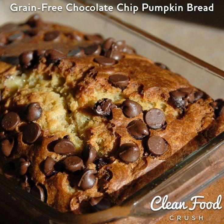 Grain-Free Chocolate Chip Pumpkin Bread http://cleanfoodcrush.com/grain-free-pumpkin-bread/ 