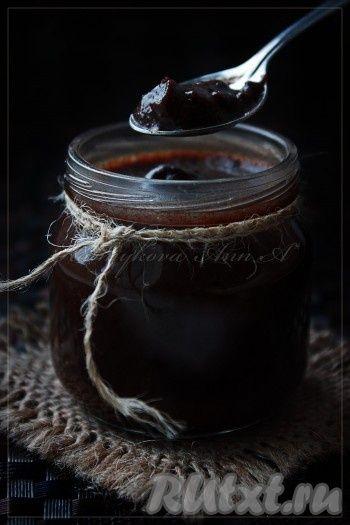 Хранить в холодильнике. П.с. в шоколадную пасту, приготовленную в домашних условиях, можно добавить орехи по вкусу.
