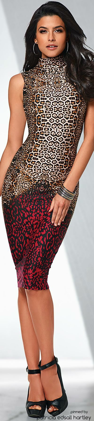 Most beautiful animal print dress I've ever seen. Love this 1,000 times.