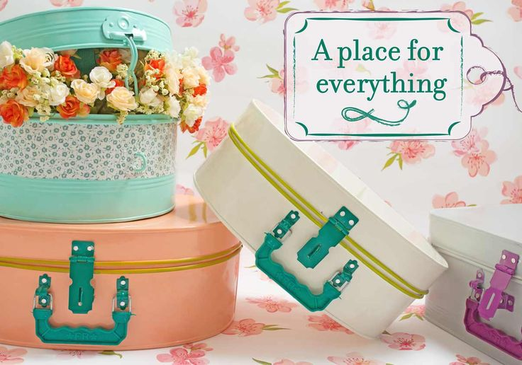 Splurge on quirky home decor online, wall décor, quirky photo frames online with incredible gifts & decorative objects at Online Shopping websites in India: The Wishing Chair. Shop Now!