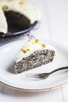 Makovo-banánový dort vás dostane nejen svou vláčností! ; Jakub Jurdič
