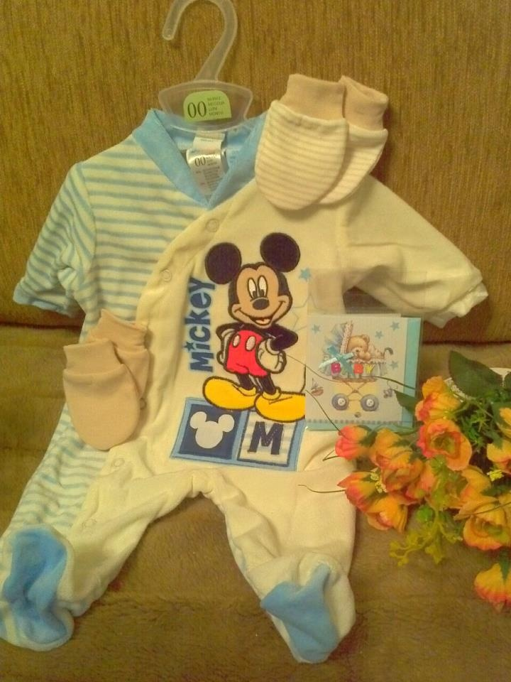 bodysuit, mittens, wish card and fake flowers