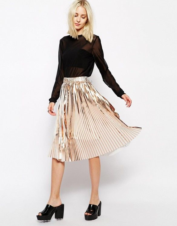 Paired metallics and basics are the perfect balance. // Weekday Foil Pleated Skirts in Copper