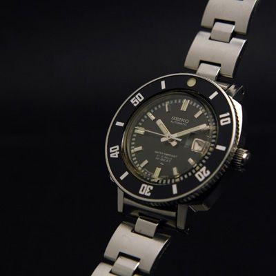 セイコー ダイバーズ ブラックダイアル レディースアンティークウオッチ Ref.2205-0240 – 女性用アンティーク腕時計の販売・ドレス