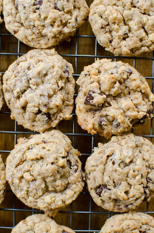Peanut Butter-Oatmeal Chocolate Chunk Cookies are the best chocolate peanut butter cookie recipe out there. | livinglou.com #ad