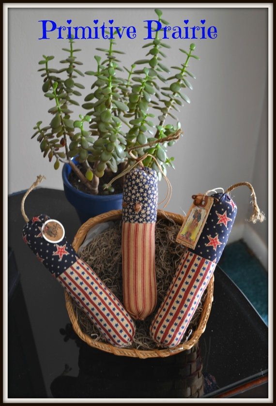 Primitives patriotic firecracker bowl filler by PrimitivePrairie, $11.95