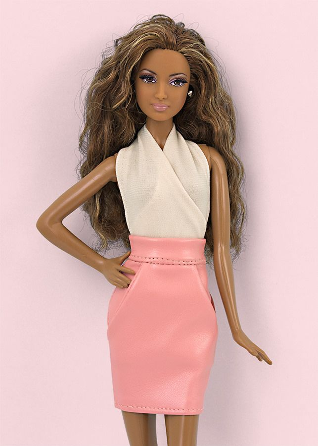 38044b46be08 Pin de M Blanca en casa de Barbie   Ropa para barbie, Barbie y Ropa