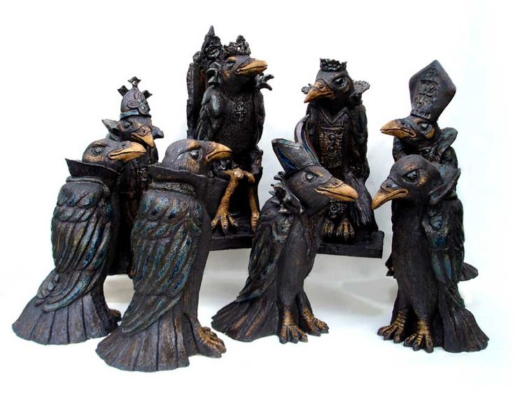 """LOVE!!!!!!!!! """"The Court of the Crows"""" by Tracy Wright Zoo Ceramics"""