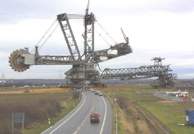 Bagger 288 (Excavator 288), developed by the German business Krupp for the energy and mining company Rheinbraun, is a bucket-wheel excavator or mobile strip mining device. Description from wn.com. I searched for this on bing.com/images