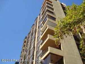 Departamento En Arriendo En Santiago, Las Condes, Chile, CL RAH: 15-134