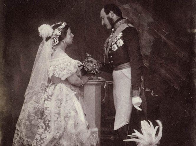 10 февраля 1840 года в Лондоне состоялась Королевская свадьба века, которая была знаменательна сразу по нескольким причинам. Замуж выходила юная Кор