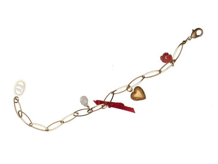 Titti Peggy's charm bracelet. Designed and made in Italy.