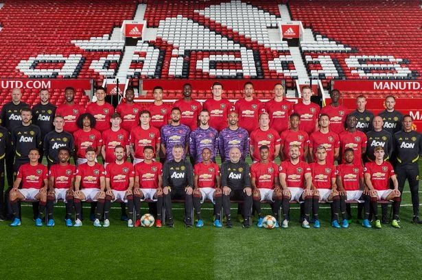 Manchester United Squad Photo 2019 20 Revealed Manchester Man Utd Announce Squad In 2020 Manchester United Team Manchester United Logo Liverpool Vs Manchester United