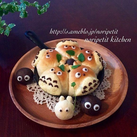 捏ねずに簡単・時短♡スキレットdeトトロのメロンちぎりパン♡