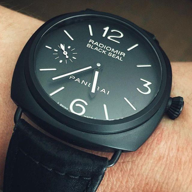 REPOST!!!  Panerai Radiomir Black Seal Ceramica PAM292 #panerai #paneristi #watch #watches #paneraicentral #womw #radiomir #menstyle #ceramic #horlogerie #dailywatch #watchaddict #watchoftheday #watchnerd #watchgeek #pam292 #watchcollector #watchfam #swisswatches #swisswatch #luxury #hodinkee #luxurywatch #blackwatch #photooftheday #wis #wruw #menswear #instawatch #watchesofinstagram  repost   credit: ID @jrmh333 (Instagram)