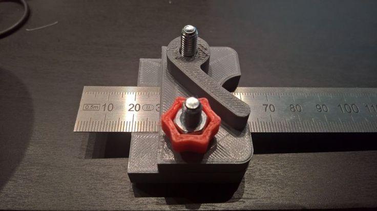 Linealanschlag für StahlLineal aus dem 3DDrucker (mit