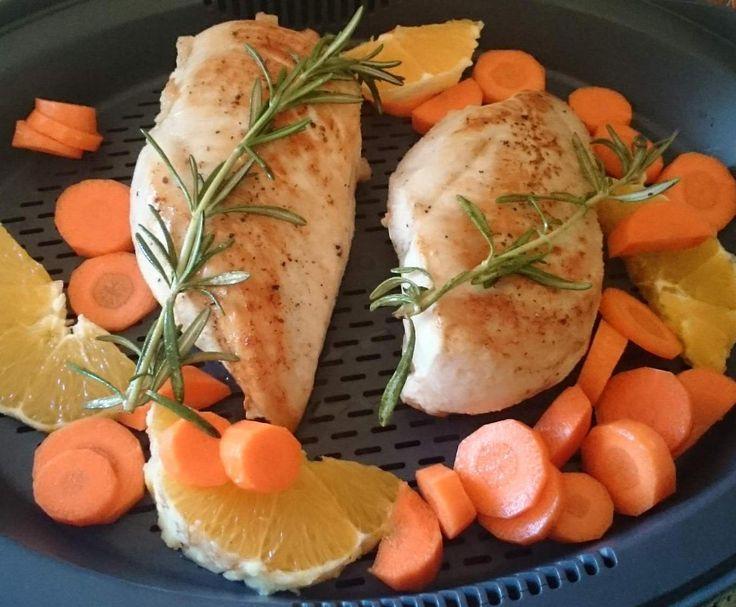Rezept Rosmarin-Hähnchen mit Möhren und Orangen von Annimilia - Rezept der Kategorie Hauptgerichte mit Fleisch