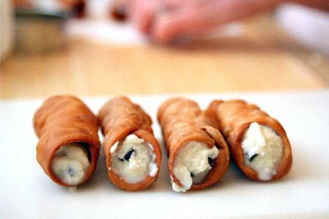 cannoli   Food and recipes   Pinterest   Cannoli, Homemade and Sweet