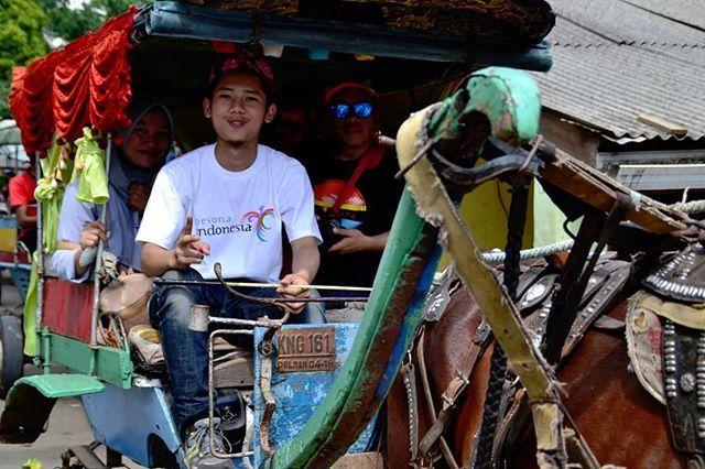 Kalo ke Kuningan jgn lupa naek andong. Kuningan Kota Kuda.  #saegaleri #photoblogger #blogger #travelblogger #travelporn #traveling #travelphotography #traveler #bloggercirebon #jalanjalan #andong #kotakuda #wisatakuningan #HayuKaJabar #pesonakuningan #PesonaIndonesia #wonderfulindonesia #indonesia #kuningan #westjawa
