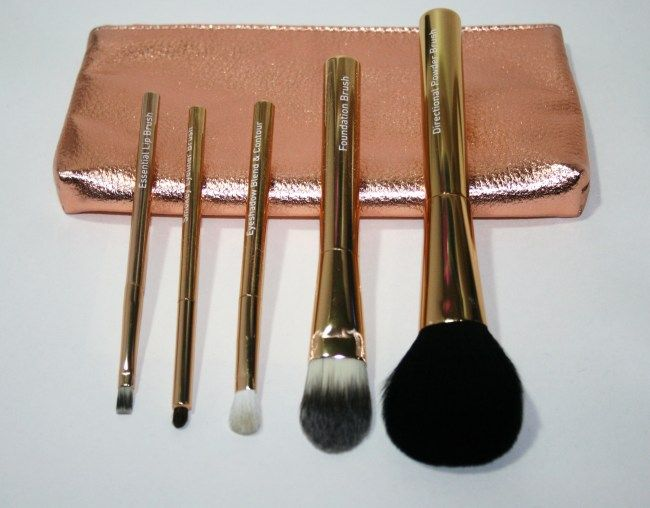 12 Gifts of Christmas: No7 Brush Collection and Purse