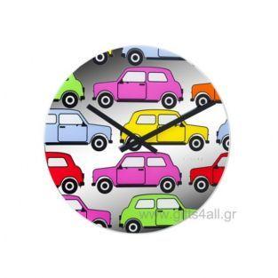 Ρολόι Τοίχου Αυτοκινητάκια Πολύχρωμα Fissura Στρογγυλό γυάλινο ρολόι τοίχου με πολύχρωμα αυτοκινητάκια πάνω του. Ιδανικό για το υπνοδωμάτιο ή για την κουζίνα.