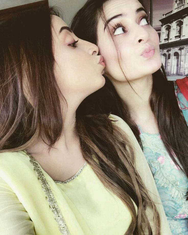Both are Extremely Gorgeous Aiman Khan and Sanam Chaudhry! ❤