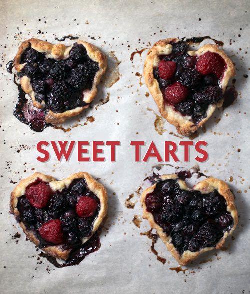 Sweet Tarts by Bakerella, via Flickr: Minis Fruit Tarts, Sweet Tarts, Fruit Pies, Baking Recipe, Berries Tarts, Minis Sweet, Minis Berries, Ice Cream Desserts, Baker Ella