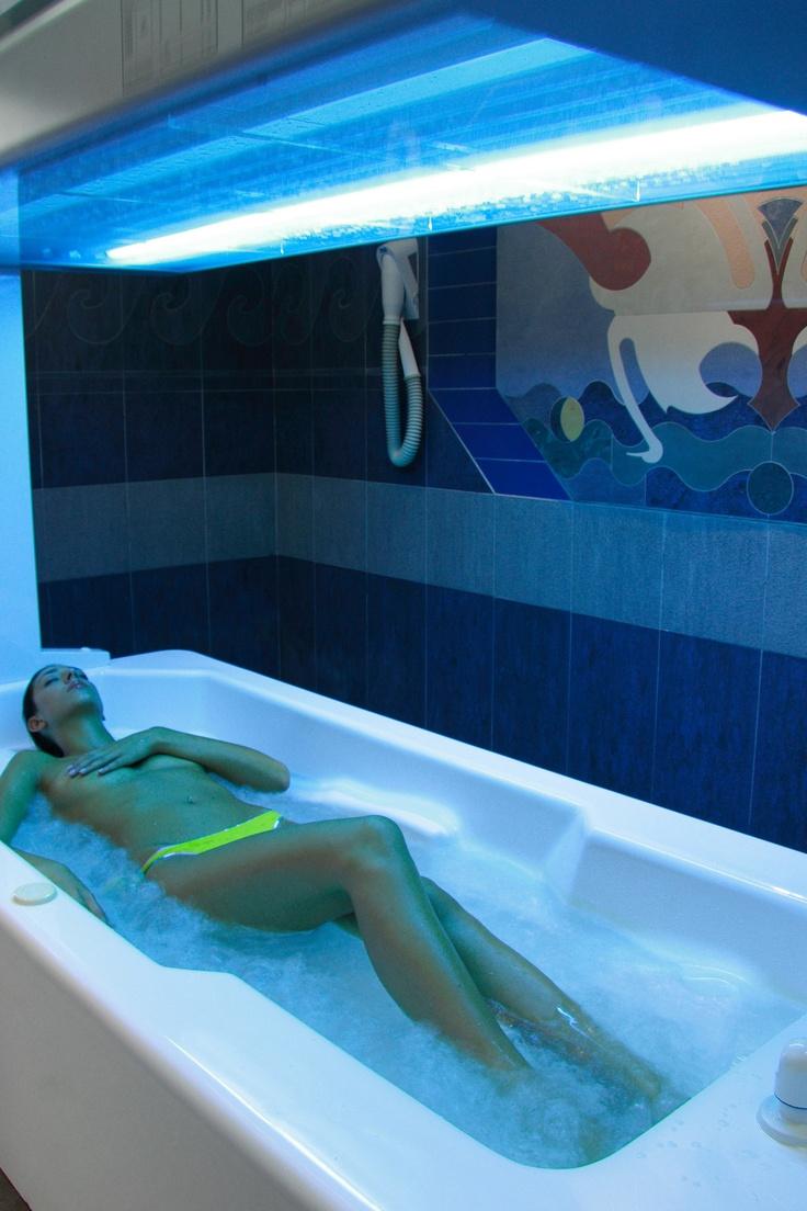 Tan & cure the skin – © Terme di Montecatini spa