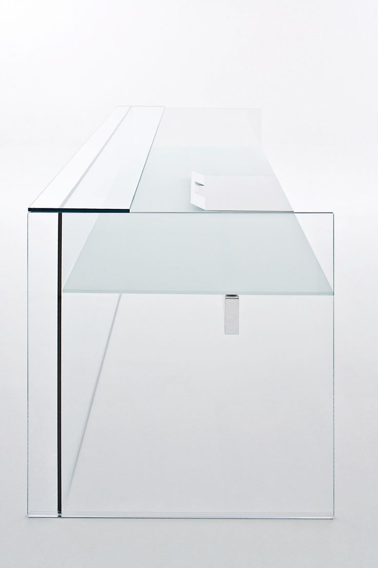 Air Desk by Gallotti & Radice _