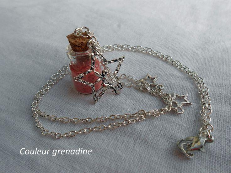Collier féerique, fée sur étoile et fiole de sable de lune rose : Collier par couleur-grenadine33