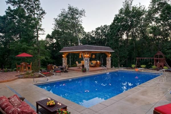 Swimming pool landsacpe with the works in minneapolis mn for Pool design mn