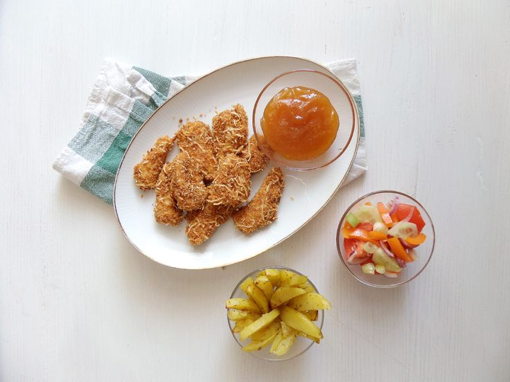 chicken nuggets and copycat mcdonalds sweet and sour sauce