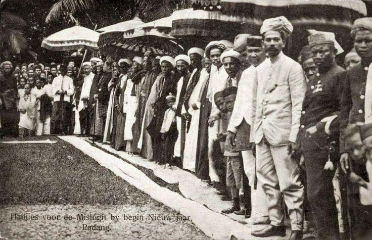 Islam New Year - Padang Sumatra Indonesia ca 1910