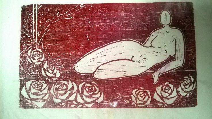 ¨Mujer y Rosas¨ Xilografia. Grabado en madera Fucsia