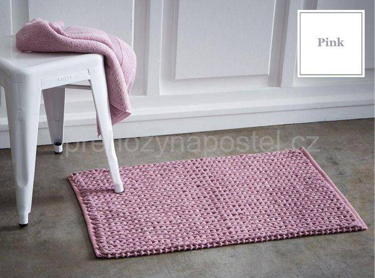Francouzská koupelnová předložka růžové barvy