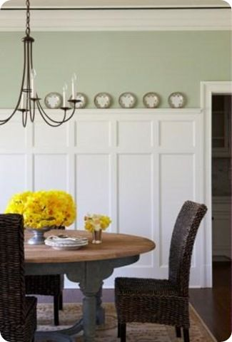 Wainscotting idea: Wall Colors, Interiors Design Offices, Decor Ideas, Wainscoting, Entry Rooms, Design Interiors, Boards And Batten, Board And Batten, Dining Rooms Wall