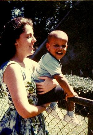 young obama and his mother