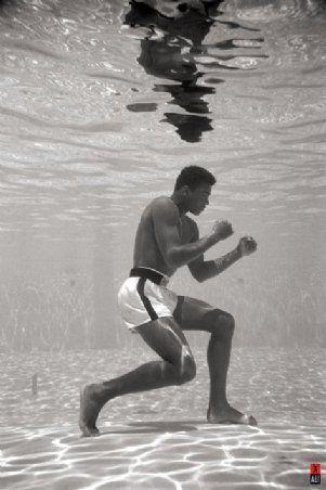Muhammad Ali boxing underwaterhttp://pinterest.com/pin/56224695317620074/#