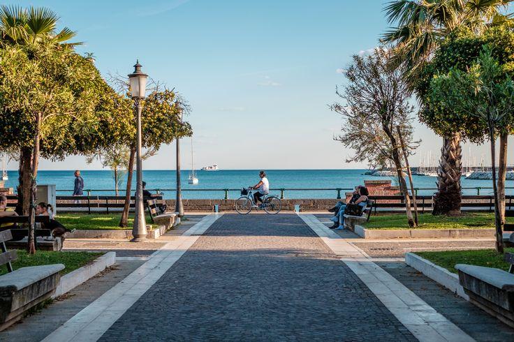 Salerno Promenade  http://www.livesalerno.com/trieste-promenade #Italy #Salerno #campania #lungomare #promenade